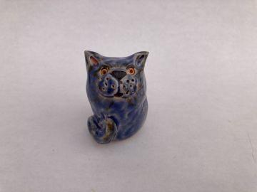 Izzy Stoneware Cat